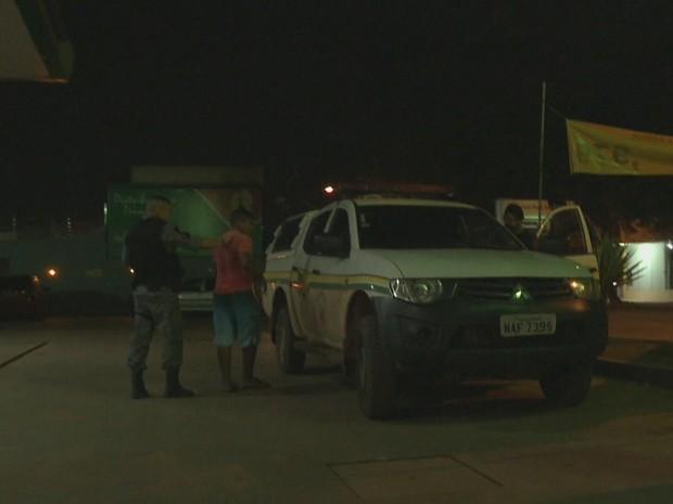 PM-AC faz enfrentamento contra ataques criminosos em pontos de Rio Branco (Foto: Reprodução/Rede Amazônica Acre)