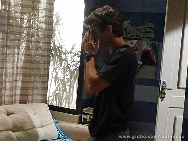 O namorado da Ju pisou na bola feio!!!!  Agora será mais difícil salvar a Lia. Vish!! (Foto: Malhação / TV Globo)