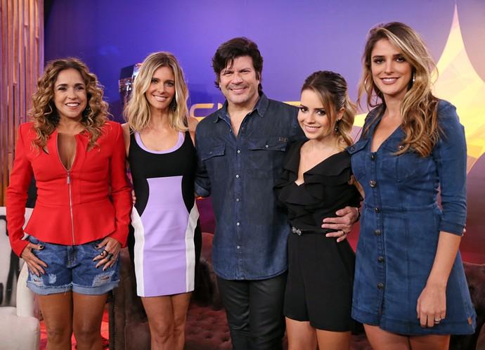 Sandy com os companheiros da nova temporada do SuperStar' (Foto: Isabella Pinheiro/Gshow)