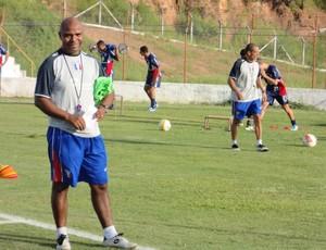 Sandro Gaúcho treino Guaratinguetá (Foto: Filipe Rodrigues)