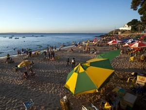 ambulantes; praias de salvador; porto da barra (Foto: João Ramos/ Bahiatursa)