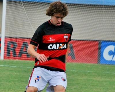Renan Foguinho, volante do Atlético-GO (Foto: Guilherme Salgado/Atlético-GO)