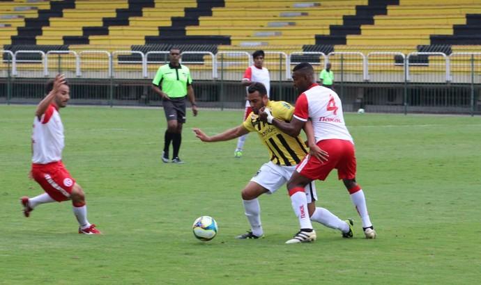 David Batista garantiu a vitória do Voltaço em amistoso contra o America-RJ (Foto: Pedro Borges/Fair Play Assessoria)
