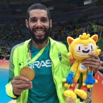 Oposto Wallace ouro olímpico (Foto: Divulgação/CBV)