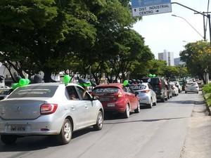 Carreata percorreu várias ruas de Montes Claros (Foto: Ana Cláudia Mendes)
