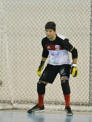 Pezão treino Grêmio Mogiano futsal (Foto: Cairo Oliveira)