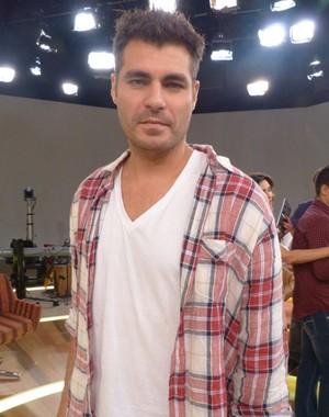 Thiago Lacerda sonha em cantar nos palcos (Foto: Encontro com Fátima Bernardes/ TV Globo)