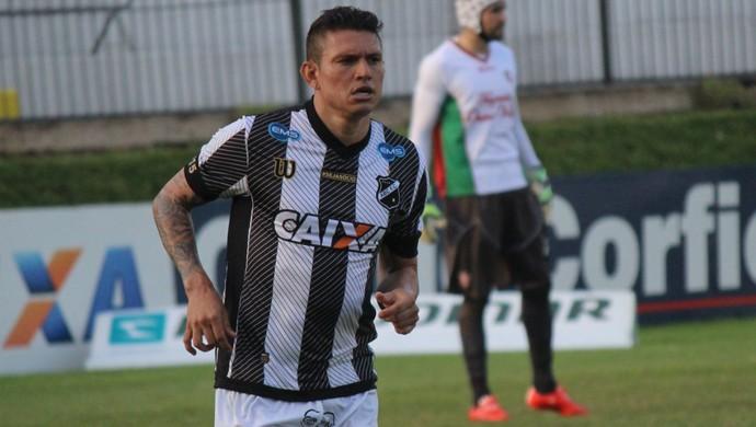 Rafael Oliveira - atacante do ABC (Foto: Augusto Gomes/GloboEsporte.com)
