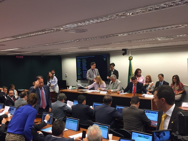 Conselho de Ética da Câmara reunido para discutir parecer sobre Eduardo Cunha (Foto: Nathalia Passarinho/G1)