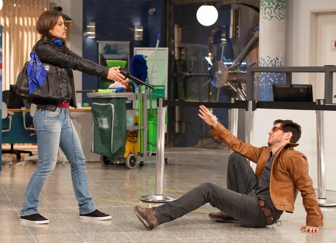 Priscila Fantin e Ricardo Tozzi em ensaio de Tomara que Caia (Foto: Artur Meninea/Gshow)