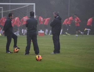 Dunga promove treino fechado em Viamão (Foto: Alexandre Lops / Inter, DVG)
