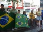 Manifestação reúne grupo neste domingo em praça de Cabo Frio, RJ