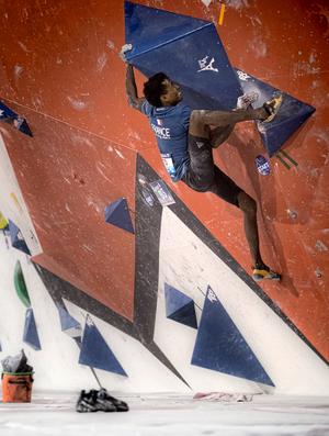 Escalada em boulder é a mais difícil das três modalidades (Foto: Divulgação/IFSC)