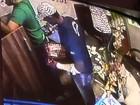 Câmeras flagram assalto a fabricante de joias no Centro de Goiânia; assista