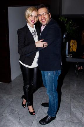 Daniele Valente e o marido, Christiano Cochrane, em evento em São Paulo (Foto: Marcos Ribas/ Foto Rio News)