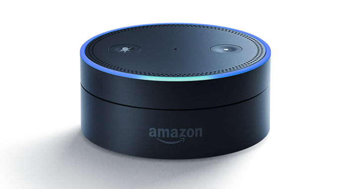 Echo Dot é a versão mais simples do Amazon Echo a oferecer acesso à assistente Alexa (Foto: Divulgação/Amazon)