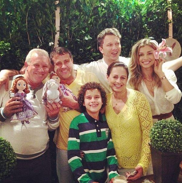 Grazi Massafera em família no aniversário da filha, Sofia (Foto: Reprodução/ Instagram)