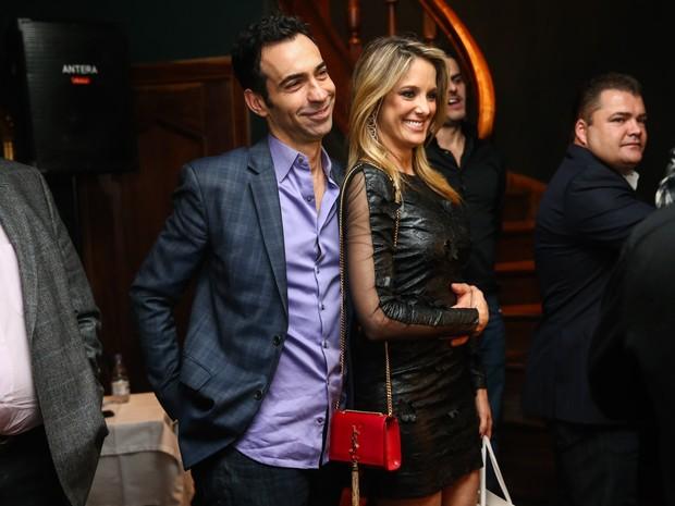 Ticiane Pinheiro com o namorado, César Tralli, em festa em São Paulo (Foto: Manuela Scarpa e Marcos Ribas/ Foto Rio News)