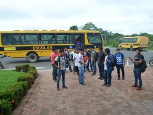 Índios chegaram cinco minutos atrasados em perderam a prova (Foto: Adelcimar Carvalho/G1)