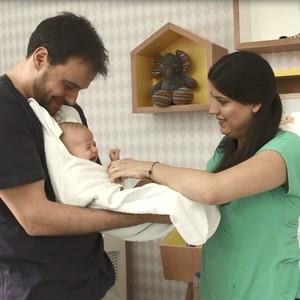Crescer e GNT apresentam: O banho do bebê