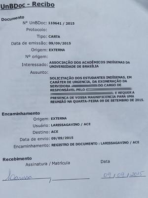 Documento pede saída da servidora (Foto: Reprodução)