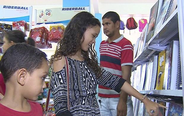 Educação financeira de filhos deve começar cedo (Foto: Rondônia TV)