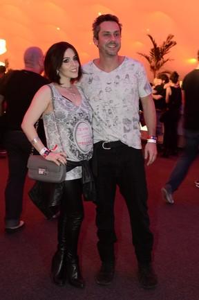 Karen Brustolin e Alexandre Nero (Foto: Roberto Teixeira / EGO)