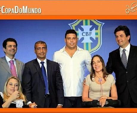Foto posta por Romário em seu Instagram cobrando Ronaldo (Foto: Reprodução/Instagram)