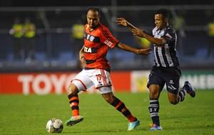 Alecsandro Emelec x Flamengo  (Foto: AFP)