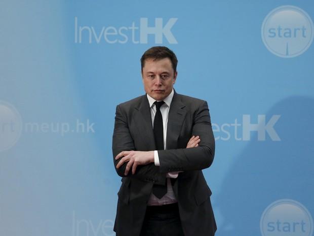 Elon Musk, CEO da Tesla, diz que vai continuar com o Autopilot (Foto: REUTERS/Bobby Yip)