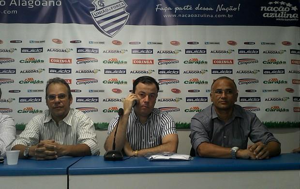 Oliveira Canindé CSA (Foto: Caio Lorena/GLOBOESPOTE.COM)