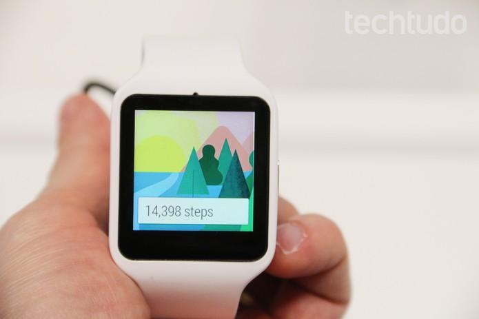 Sony smartwatch (Foto: Fabrício Vitorino/TechTudo)