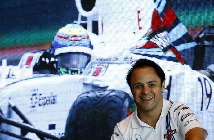 Felipe Massa em evento em Cingapura (Foto: Reuters)