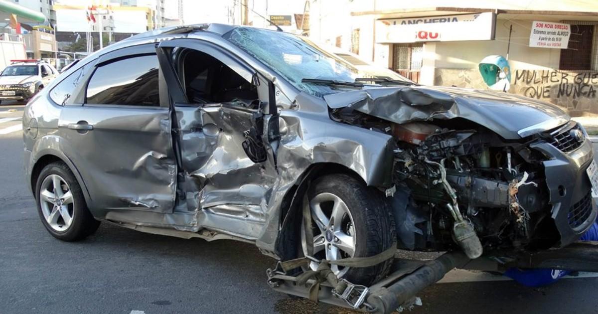 G1 - Acidentes de trânsito matam ao menos 13 pessoas no RS - notícias em  Trânsito RS 695541555c7