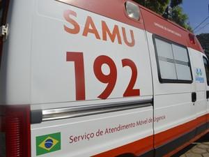 Samu chegou a atender o estudante no local do acidente (Foto: Franciele do Vale/ G1)