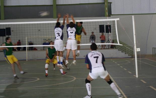 Atletas da UFT vão representar o Tocantins no vôlei (Foto: Bianca Zanella/UFT)