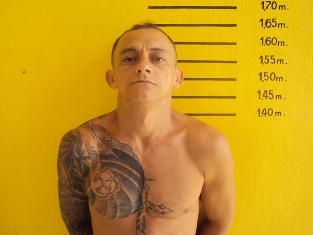 Preso na operação Alcatraz, Rivanildo Pereira de Medeiros é um dos fugitivos  (Foto: Divulgação/Sejuc)