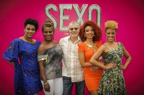 Miguel Falabella e o elenco de 'Sexo e as negas', série da Globo (Foto: TV Globo)