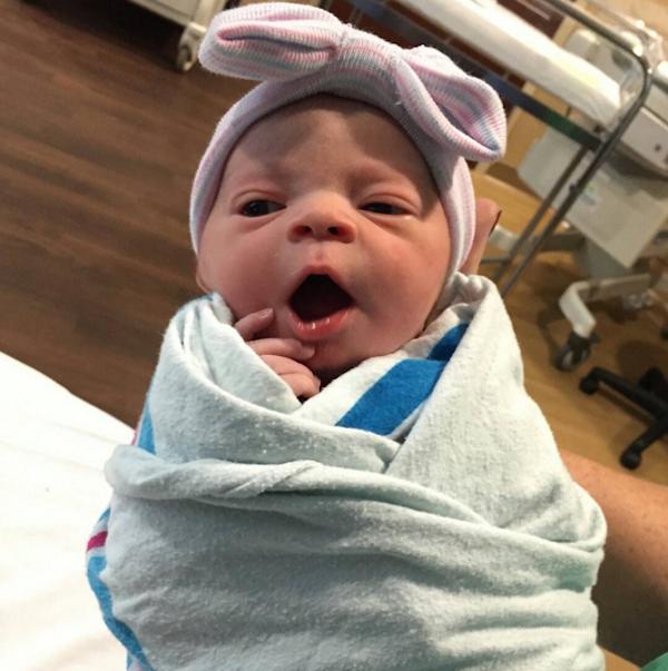 A filha de Coco Austin (Foto: Instagram)