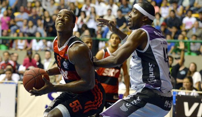 Meyinsse Mogi Mirim x Flamengo NBB (Foto: João Pires/LNB)