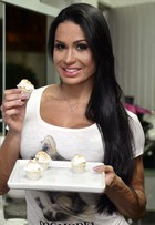 Brownie de batata doce e mais: Gracyanne ensina a fazer doces fitness