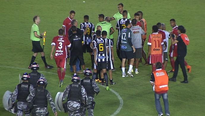 treze, confusão, internacional-pb (Foto: Reprodução / TV Cabo Branco)