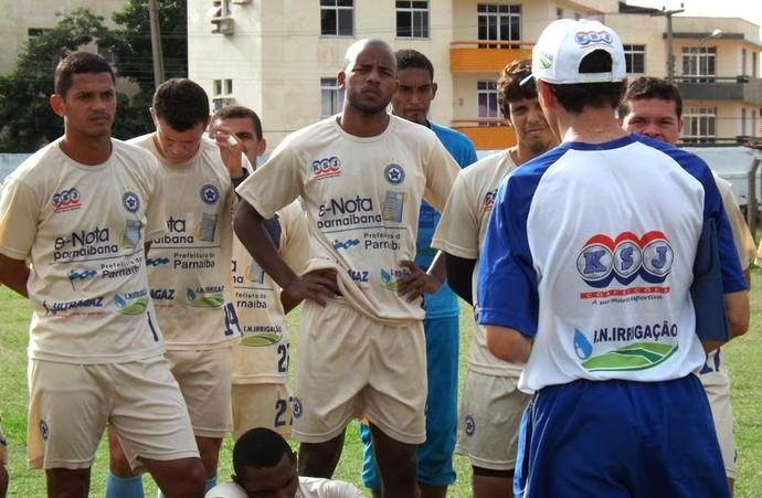 Fernando Tonet, treinador do Parnahyba (Foto: Renneé Fontenele/Portal Azulino )