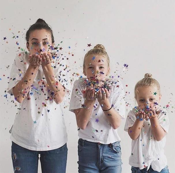 Blogueira faz as melhores fotos do mundo com suas filhas (Foto: Reprodução)