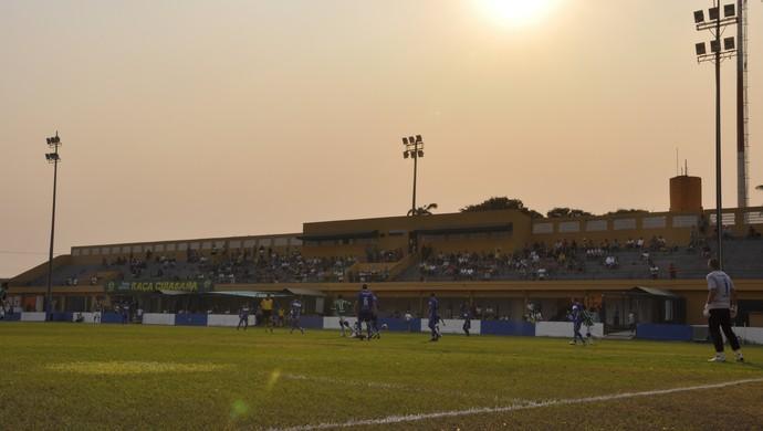Estádio Presidente Dutra (Foto: Leonardo Heitor/Globoesporte.com)