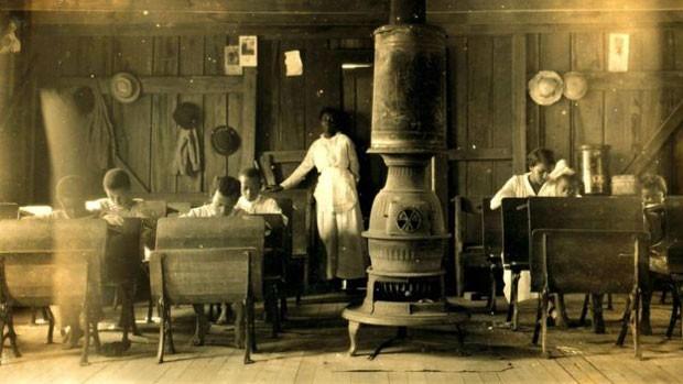 Escola para negros em Anthoston, no Estado de Kentucky (EUA), em 1916 (Foto: Biblioteca do Congresso dos EUA)