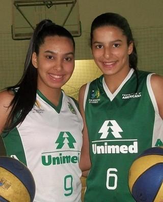 Mariane e Izabela ainda quando jogavam em Americana (Foto: Reprodução/Facebook)