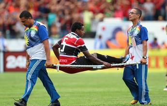 Elicarlos tem lesão leve confirmada e perde pelo menos dois jogos do Santa