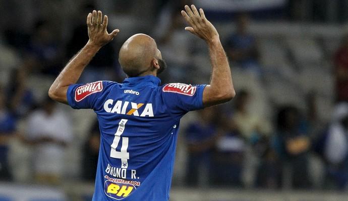 Bruno Rodrigo, zagueiro do Cruzeiro (Foto: Washington Alves/ Lightpress)