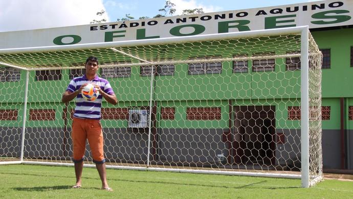 José James Crisostomo Gomes Júnior, o Gomes, que levou o gol de Gessé (Foto: João Paulo Maia)